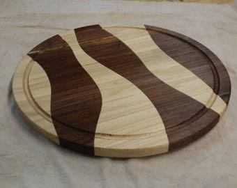 Round drunken cutting board