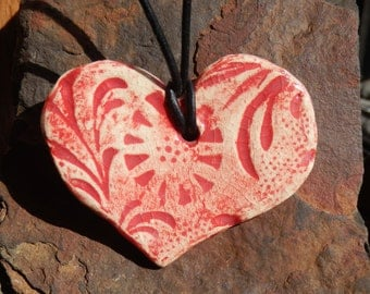 Ceramic Red Heart Patterened Necklace