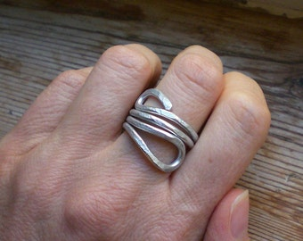 Adjustable silver ring // Statement band ring // Silver jewelry // Silver accessories // Aluminum ring