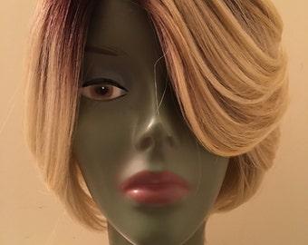 Playinum ombre blonde bob
