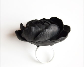 Black flower ring, gothic ring, gothic jewelry, black ring, black rose ring, polymer clay ring, polymer clay rose ring, adjustable ring