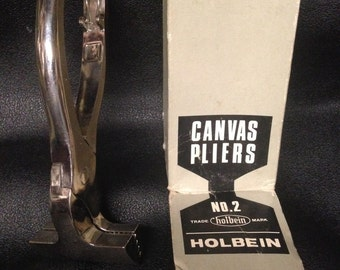 Holbein Professional Quality Non-Slip Canvas Stretching Pliers No 2 USED