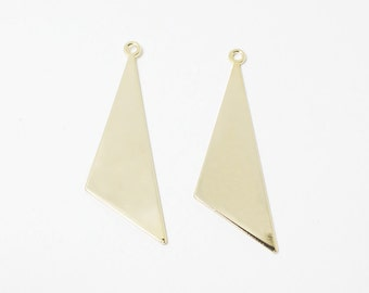 P0467/Anti-Tarnished Gold Plating Over Brass/Large Triangle Pendant/40x13mm/4pcs