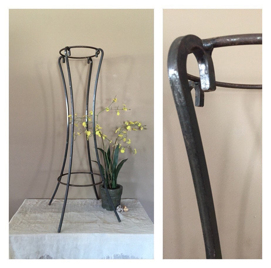 vintage rustic plant stand vintage metal plant stand. Black Bedroom Furniture Sets. Home Design Ideas