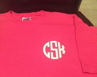 Shirt with circle monogram
