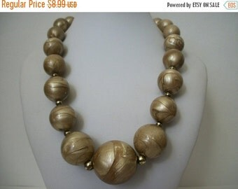 ON SALE Vintage Chunky ShadesOf Gold Marbleized Graduated Necklace 1049
