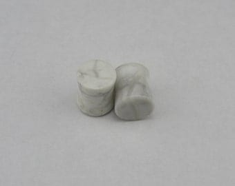 Pair of Double Flared Howlite Stone Plugs 8G - 00G