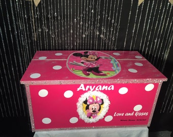 Minnie mouse - toy boxes - Minnie Mouse birthday - kids furniture - Minnie Mouse decor  - kids toy box - girls toy box - toy chests