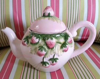 Strawberry Teapot by Alcobaca in PORTUGAL