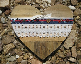 Pallet wood heart, Patriotic Wall Heart, Reclaimed wood wall art, 4th of July Décor, Wooden pallet heart, Pallet wood décor, Patriotic décor