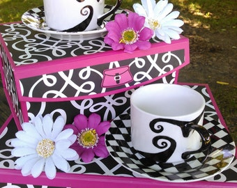 Wonderland tea cups
