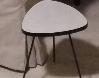 Side table triangle '60