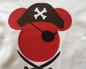 Mickey pirate, mickey custom shirt, pirate shirt, disneyland, disney world shirt, mickey mouse