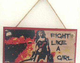 "Wonderwoman inspired // handpainted // wall plaque ~ wall art~ ""Fight like a girl"""