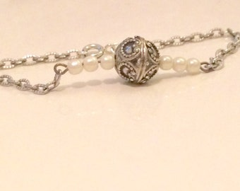 Silver and pearl M&R Bracelet