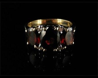 Spectacular 3.10ct Garnet & Diamond Trilogy Fabulous Ring