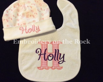 New baby gift, Baby bib and hat set, Matching baby set, baby shower gift, Personalized baby gift, baby girl outfit, baby boy outfit.