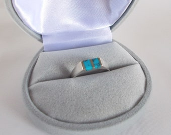 Turquoise and .925 Sterling Silver Ring size 6