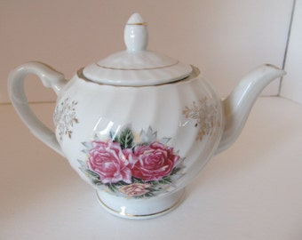 MUGS ROYALE Rose Teapot