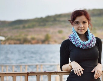 Petite Crochet Cowl. Small Purple and Blue Neckwarmer. Cobble Scarf. Teen Winter Scarf