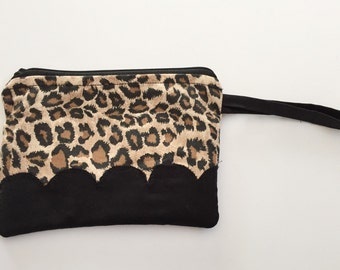 Leopard with Scallop Accent Wristlet