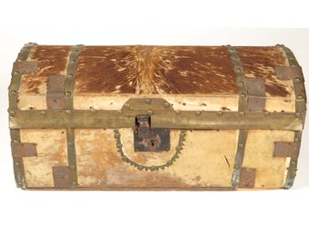 """Antique trunk chest 19th c horse hide covered newspaper lined Baltimore c 1836 24""""w storage"""