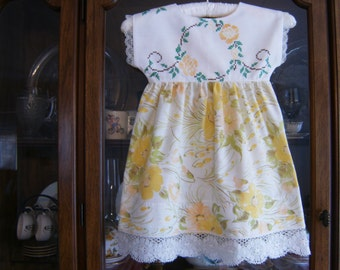 Girl's Dress 3T, Girl's Yellow Dress 3T, Pillowcase Dress 3T, Upcycled Dress 3T, Vintage Dress 3T