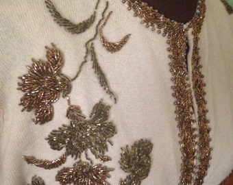 Beige hand beaded 50s cashmere sweater