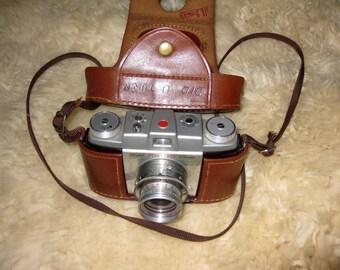 Vintage Kodak Pony 135 Camera model C