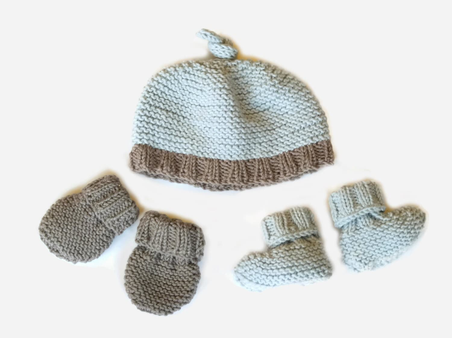 Basic Knitting Pattern For Baby Mittens : Easy Knitting Pattern: baby hat booties & mittens by ...