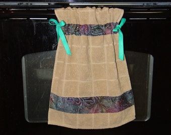 Stay-Put Kitchen towel, oven towel, tied towel, ribbon towel, hanging towel, kitchen towel
