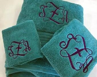 Monogrammed Bath Towels 3 Piece Set