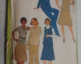 Simplicity 8411 Pant, blouse and skirt