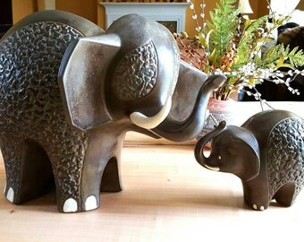 "Vintage California © Originals Set of 2 Elephants ""Mommy and Baby"" Handcrafted Clay Figurines, california pottery, home decor, VetterleinArt"