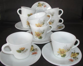 Vintage Pyrex Autumn Glory Tea Cups and Saucers