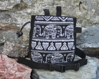 Elephant Climbing Chalk Bag Black and White - for Rock Climbing Bouldering Gym, Includes Belt, Belt Hooks and Brush Holder