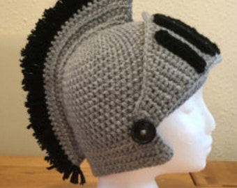 Crocheted knights helmet with fully moving and removable visor