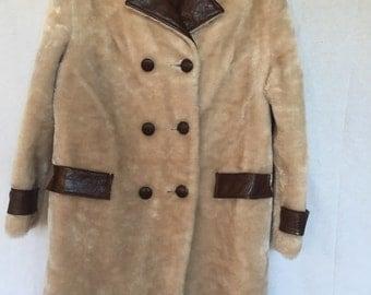 Vintage 60s/70s FingerHut Fashion Faux Fur Coat