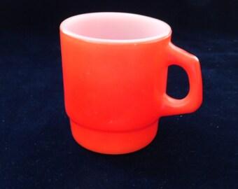 Vintage Anchor Hocking Stacking Mug (312) in Red