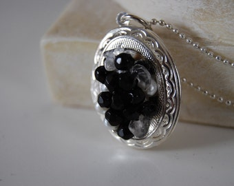 Medallion is silver plated, Sterling Silver 925 chain photo Yvory Ceramic Look faceted stones and freshwater pearls.
