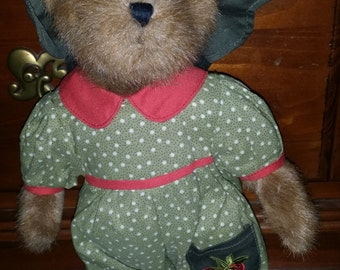 Boyds Bear Colleen Strawberry