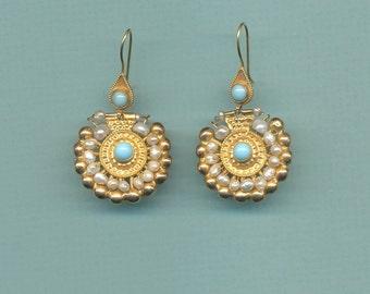 Lydian Pearl Earrings