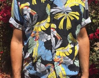 Parrot Hawaiian style shirt