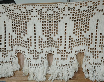 filet crochet café curtain