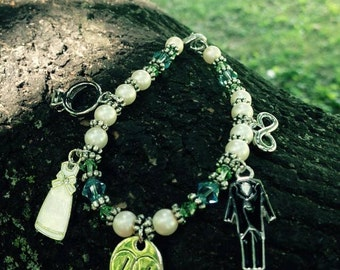 Great Bridal shower bracelet gift!