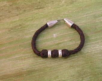 110 leather bracelet with lock and zamak adormos