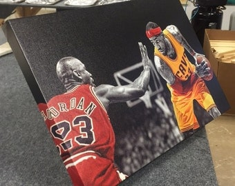 Lebron James vs Michael Jordan - MJ23 VS LBJ -  Cleveland Cavaliers vs Chicago bulls - Epic Canvas art