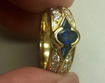 18K Yellow Gold with Diamonds and Blue Sapphire, Size 5