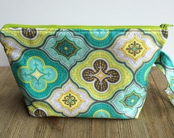 Blue/Gray/Green Medium Cosmetic Bag