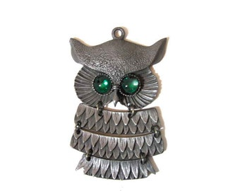 "Vintage Retro Silver Tone Owl Pendant Deep Green Eyes 4 Section Articulated 3.5"" Long, Pendant Only, Pristine Condition"